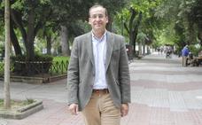 Rafael Mateos: «Sé los cambios que hay que hacer para que el Ayuntamiento sea más eficaz»