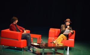 Joaquín Sabina presume de su caudal poético en Villanueva