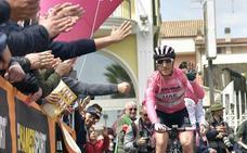 Valerio Conti defenderá la 'maglia' rosa en la contrarreloj entre Riccione y San Marino