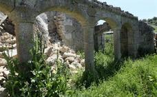 La iglesia sigue en ruinas