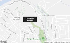 Interceptado cuando conducía una furgoneta ebrio y sin carné en Badajoz
