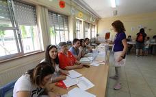 Los candidatos de Mérida, los más madrugadores en votar en la ciudad