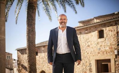 Ciudadanos cita al PP y PSOE para conversar y descarta un pacto de investidura en Cáceres