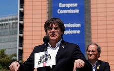 Las siete vidas de Puigdemont le mantienen como líder del 'procés'