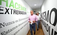 El PSOE logró el escaño veinte en Badajoz gracias a los votos que Vox robó al PP