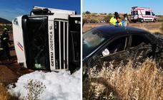 Cuatro heridos al saltarse un camión la mediana de la A-66 en Torremejía