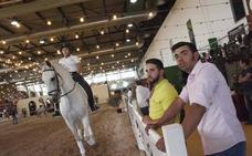Un espectáculo de Santi Serra y el II Festival Taurino cierran Ecuextre en Badajoz