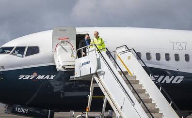 Boeing detecta piezas defectuosas en más de 300 aviones del modelo 737