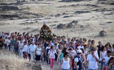 Caluroso adiós de los campanarienses a su Virgen de Piedraescrita