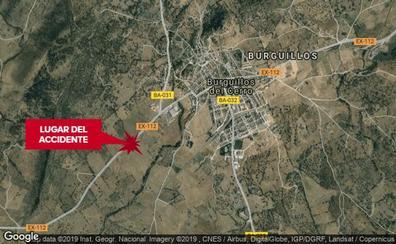 Tres heridos en un choque frontal entre dos turismos cerca de Burguillos del Cerro