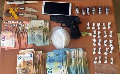 Detienen a un vecino de Fuenlabrada de los Montes por tráfico de drogas