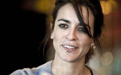 Un juzgado da la razón a la cantante extremeña Bebe por las cláusulas abusivas de su contrato