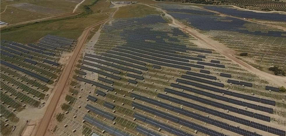 Iberdrola avanza para construir la planta fotovoltaica más grande de Europa en la provincia de Cáceres