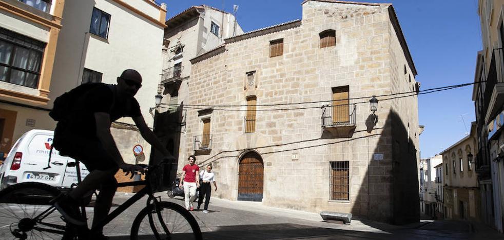 La congregación de Cristo Rey ultima la venta del Palacio del Duque de Abrantes en Cáceres