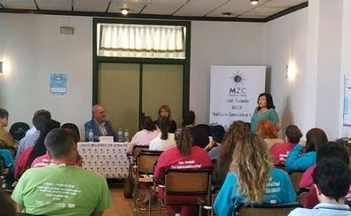 Apyme Vegas Altas La Serena realiza un networking en el que colabora con una oenegé