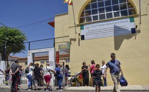Educación solo ampliará plazas en el colegio La Soledad de San Roque