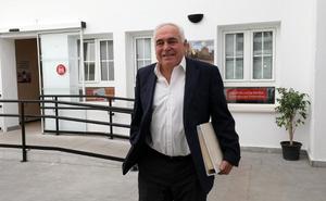Acedo: «Si volviera no repetiría cargos en Madrid y Mérida; los vecinos no querían eso»