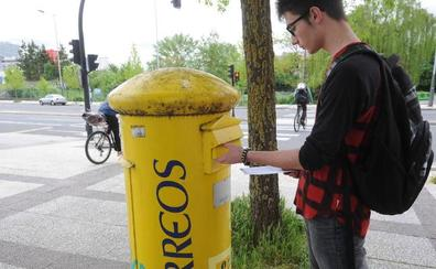 Correos debe reducir su tamaño, según la Autoridad Fiscal