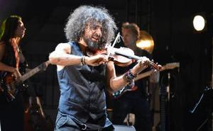 Ara Malikian se lesiona el hombro en una caída y cancela su concierto en Badajoz