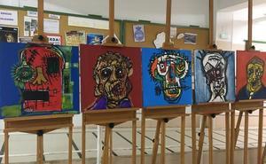 Alumnos del Arroyo Harnina expresan el acoso con pinturas