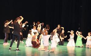 Las escuelas de Cultura cierran el curso exhibiendo lo aprendido