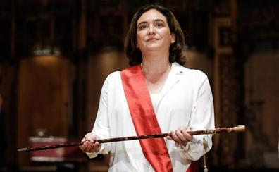Colau es reelegida alcaldesa con los votos del PSC y Valls