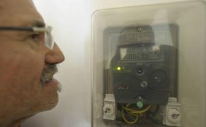 Un tercio de los hogares desconoce la tarifa de luz que tiene contratada