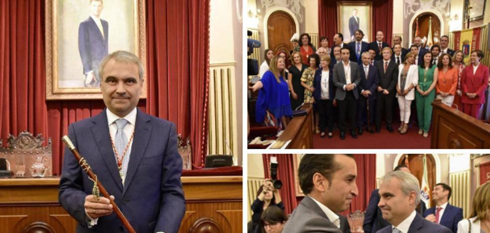 Fragoso logra la Alcaldía de Badajoz con Cs y Vox, pero ya discrepan por el Gobierno