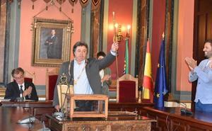 El socialista José Antonio Redondo, proclamado alcalde de Trujillo