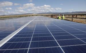 Hectáreas de sol a más de mil euros