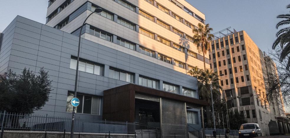 Dos años de cárcel por ocultar pagos en negro en una promoción de viviendas