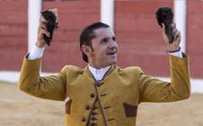 Cartagena, Ventura y Vicens se reparten diez orejas en Plasencia