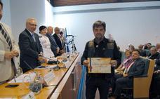 El club motero Buitres Leonaos de Cáceres recibe la distinción al Mérito Nacional a la Donación Altruista de Sangre