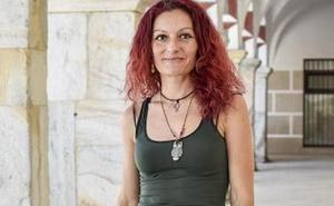 Erika Cadenas rechaza la medalla para los ediles por considerarlo gasto superfluo
