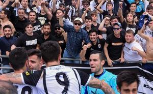 El Badajoz pone a calentar la campaña de abonos