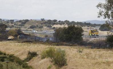 Desactivado el nivel 1 de peligrosidad por un incendio en las afueras de Cáceres