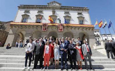 María José Pulido, teniente de alcalde en Cáceres y Andrés Licerán, portavoz