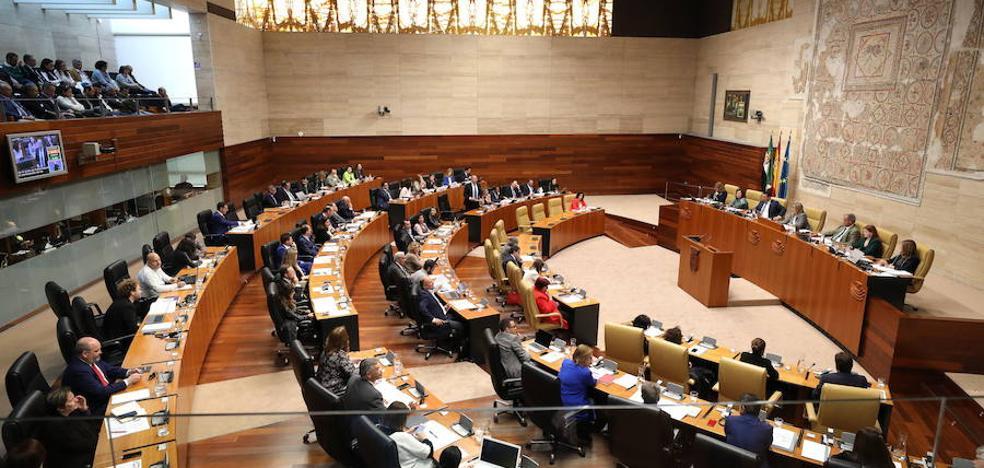 El PSOE no da por hecho que la Mesa de la Asamblea vaya a tener ocho integrantes