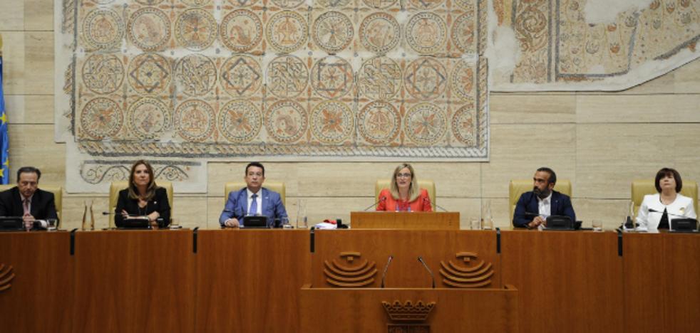 La Asamblea arranca con Mesa paritaria