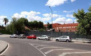 Construirán un nuevo gimnasio y seis aulas en el instituto Albarregas