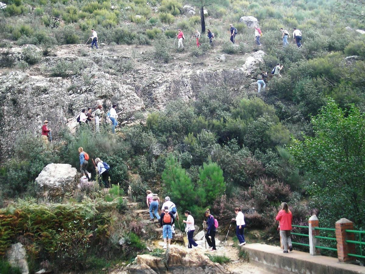 Geoaventura programa este fin de semana rutas, escalada y piragüismo en el Geoparque
