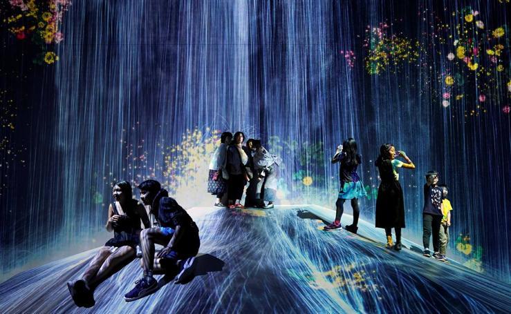 Primer aniversario del Museo de Arte Digital de Tokio