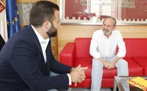 Vox renuncia a la media dedicación ofrecida por Salaya a todos los grupos de Cáceres