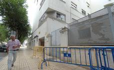 Los pacientes exigen el traslado urgente del centro de salud del centro de Badajoz por su mal estado