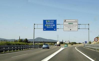 Investigan al conductor de un autobús que circulaba drogado por la ruta Madrid-Badajoz