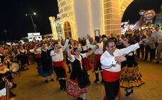 Caya se ilumina para vivir la Feria de Badajoz
