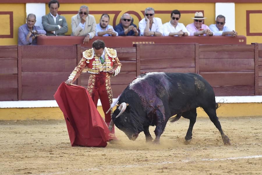 Antonio Ferrera idulta a 'Jilguero'
