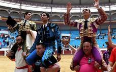 El Fandi, Cayetano y Pablo Aguado abren la puerta grande en León