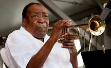Muere el trompetista Dave Bartholomew, icono centenario de Nueva Orleans