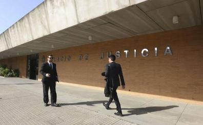 Condenado por conseguir fotos íntimas de una niña de 12 años tras amenazarla